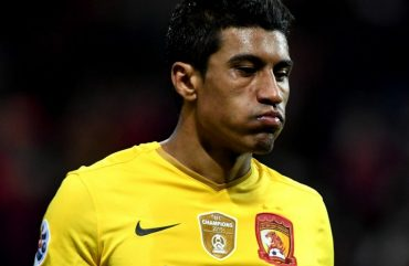 Calcio Cina: warning per Paulinho colto in fallo per lo spot a favore del betting